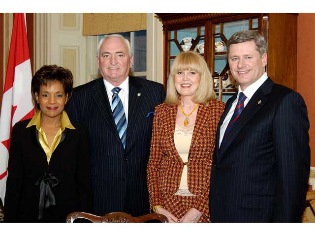Governor General Michaelle Jean, Yvonne Reynolds, Hon. John Reynolds and Prime Minister Stephen Harper at his Swearing-In Ceremony, 2006